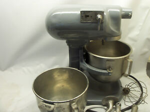 Hobart N 50 Commercial 5 qt 3 spd Stand Mixer With 2 Bowls And Attachments 110v