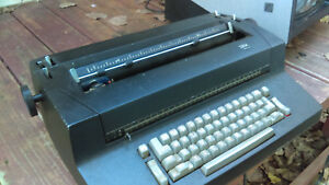 Vtg 1970 s Ibm Correcting Selectric Ii Black Electric Typewriter Works As is