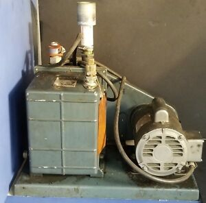 Welch Duo Seal Vacuum Pump Model 1405 With Ge 1 2 Hp Motor 115 230 Ph1