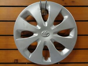 12 14 Toyota Prius C Hatchback 61166 15 Hubcap Wheel Cover 4260252540 Used