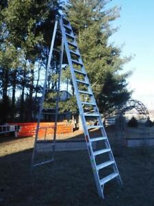 New Louisville As1016 16ft 300lb Rated Double Sided Twin Step Ladder A frame
