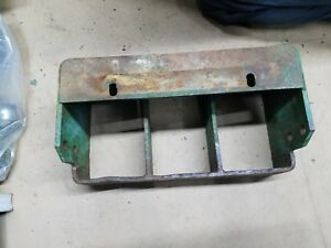Ch13293 John Deere 850 950 1050 Weight Bracket