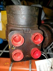 At107619 John Deere 410c At168630 Steering Valve good Used Takeout