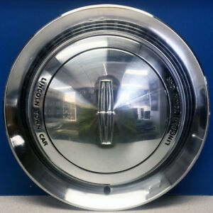 One 1990 Lincoln Town Car 884 15 Hubcap Wheel Cover Oem Part F0vy1130b