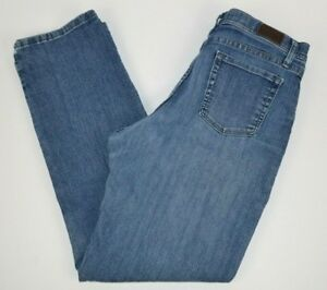 Lee Women's Classic Fit Straight Leg At the Waist Blue Jeans 12 Short
