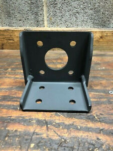 Hydraulic Motor Pump Mount Bracket Sae Aa 4 Bolt Mount Char Lynn White And Other