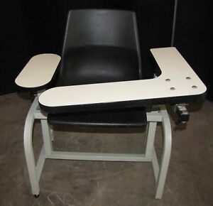 Winco Vitals Blood Draw Exam Doctors Chair 2572