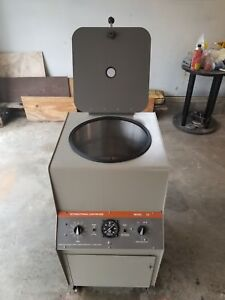 Iec Model Cs Floor Standing Centrifuge With Rotor Buckets Works Great