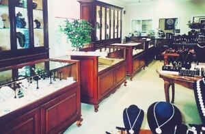 Out Of Business Jewelry Display Furniture For Sale