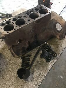 Ford 8n 9n 2n Tractor Side Distributor Engine Block With Main Caps