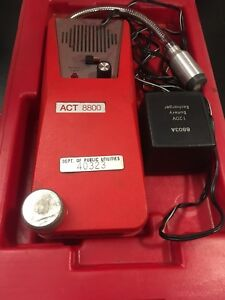 Snap on Tools Act 8800 Gas Leak Detector With Storage Case