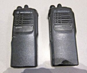 Lot Of 2 Motorola Mtx850 800 Mhz Two way Portable Radio Model Aah25ucc6du3an