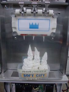 Taylor Ice Cream Yogurt Soft Serve 336 27 Air Cooled 1 Phase 2004 Recondition