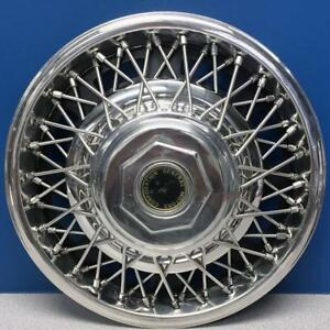 One Single General Motors Corporation 14 Wire Hubcap Wheel Cover Used