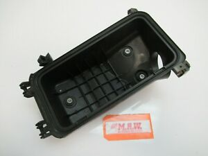 For 05 10 Scion Tc Airbox Air Cleaner Box Filter Panel 2 4l 17701 22100 Bottom