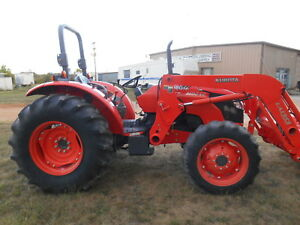 M8540 Kubota 4wd Tractor With Loader 85 Hp hydraulic Shuttle 590 Hours