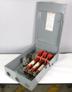 Square D H 364 nrb Heavy Duty Disconnect Switch With Fuses Tested