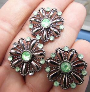 Buttons Daisy Pewter Silver Green Pastes Realistic Set Of 3 Flower Daisies