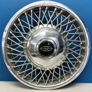 One 1986 1988 Buick Riviera 1111e 14 Wire Hubcap Wheel Cover Oem 03634784