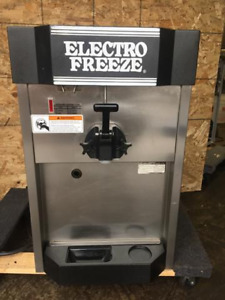 Electro Freeze Ice Cream Cs4 242 Soft Serve Machine Used Electrofreeze Cs4 115v