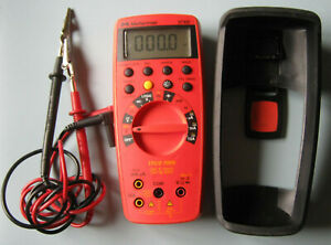Meterman 37xr True Rms Digital Multimeter With Case Magnet And Leads