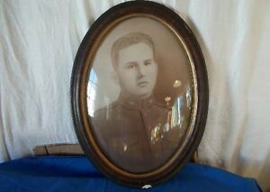 Antique Vintage Oval Convex Glass Wood Frame W Soldier W Bef Badge Large