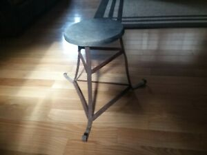 Primitive Vtg Old Estate Wood Metal Stool Farm Bench Milking Stool Plant Stand