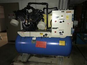 Ir Ingersoll Rand Riciprocating Air Compressor 20 Hp 3 phase 200 Gallon Tank