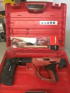 Hilti Dx 460 Automatic Powder Actuated Nail Tool With Mx 72 Magizine And Case