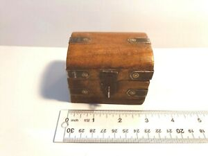 Small Wooden Hinged Box Great For Small Items Like Rings