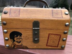 Folky Vintage Whimsical Folk Art Lil Abner And Characters Wood Box Bingo