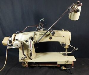 Union Special Professional Industrial Sewing Machine Model 63400 Ly