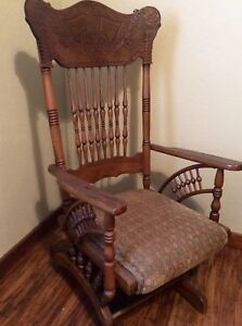 Antique Vtg American Country Oak Pressed Back Platform Rocking Chair Ball