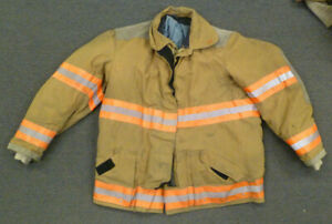 46x32 Globe Firefighter Jacket Coat Bunker Turn Out Gear J712