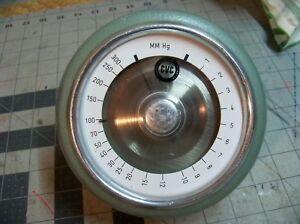 Cvc Consolidated Vacuum Corporation Dial Gage Mm Hg Millimeters Mercury Used