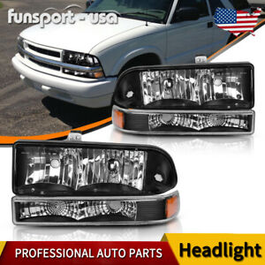 For 1998 2004 Chevy Blazer S10 Black Housing Pair Amber Corner Headlight lamps