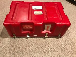 Hardigg Pelican Red Hard Storage Crush Proof Travel Shipping Case 33 x21 x12 1