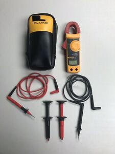 Fluke 322 Digital Ac Clamp Meter Multimeter Carrying Case Works Perfect