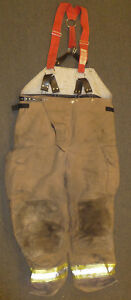 44x30 Pants Firefighter Turnout Bunker Fire Gear W Suspenders Liner Globe P895