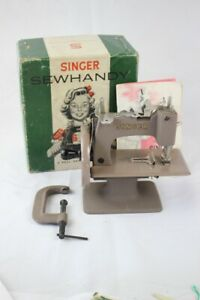 Antique Cast Iron Singer Sewhandy Model 20 Sewing Machine Toy Near Mint W Box