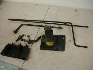 81 82 83 84 85 86 87 Chevy Gmc Pick Up Truck K5 Spare Tire Jack With Mount 4
