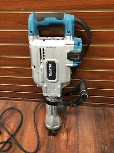 Makita Hm1304b 35 Lb Demolition Hammer With Case Used