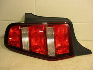2010 2011 2012 Ford Mustang Driver Lh Rear Tail Brake Light Lamp Oem Lkq