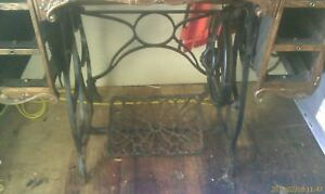 Vintage Antique Minnesota Model A Treadle Sewing Machine Cast Iron Base