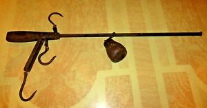 Antique Farm Primitive Country Hanging Balance Scale With Hooks And Weight