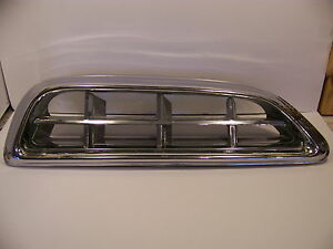 1955 Chrysler Lh Grill 1599376 New Yorker Windsor Deluxe Newport