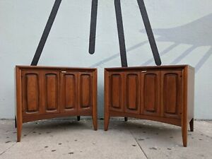 Mid Century Refinished Walnut Nightstands End Tables By Broyhill
