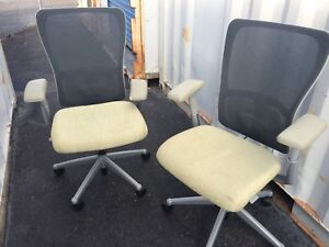 2 Haworth Zody Mhf856315 Office Task Chair 899 Retail