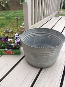 Vintage Galvanized Wash Tub Country Bucket Round Cooler Old 1953