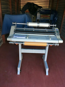 Gbc Discovery 80 High Speed 31 2 Sided Laminator With Stand Up To 30 Mil Total